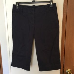J. Crew Size 8 Navy Blue Favorite Capri Pants GUC